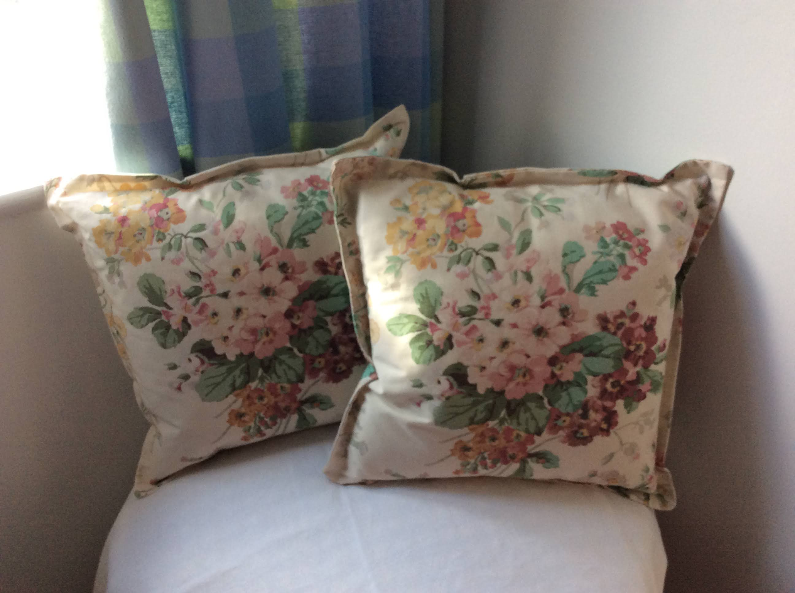 Cushions - dusty pink flowers