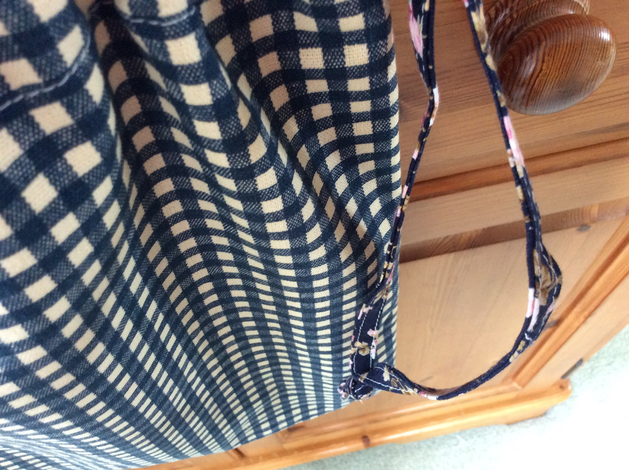 Tote Bag - dark blue check and floral