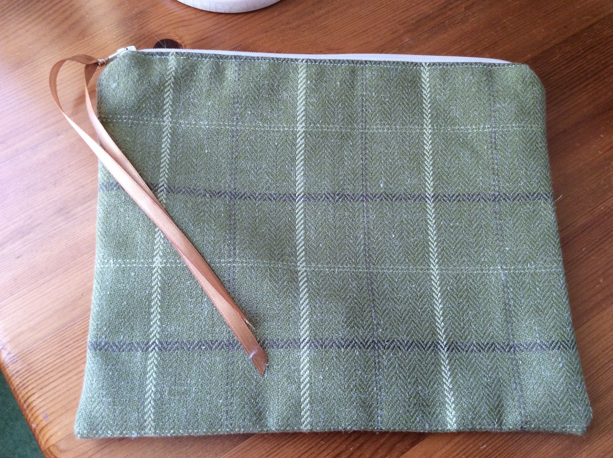 Zipped Purse - green tartan (large)